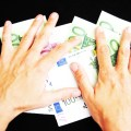 Cashless Future is Here: France To Prohibit Any Cash Payments Over €1,000