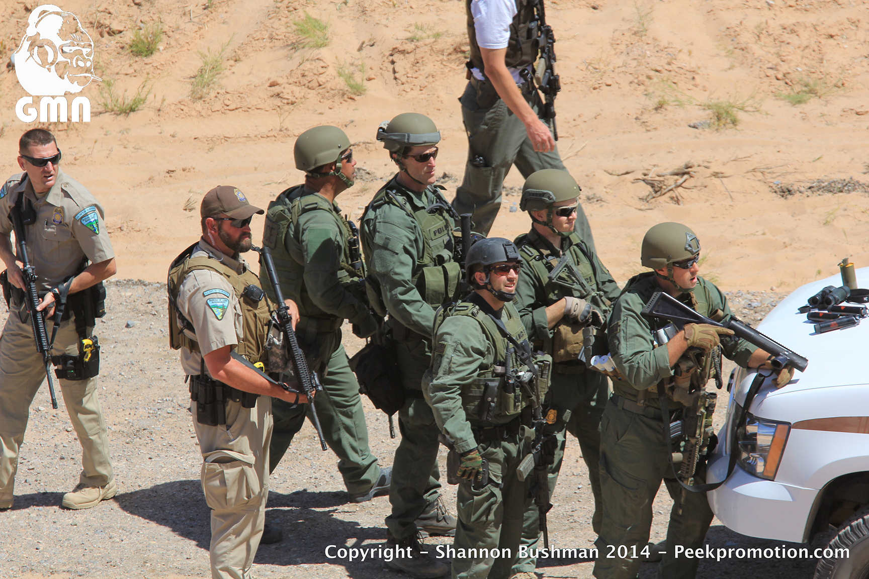 21WIREu-Bundy-Fed-Standoff-April-12-2014-Copyright-GMN
