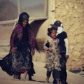 ALEPPO UPDATES: Video, Children Flee into the Arms of the Syrian Army