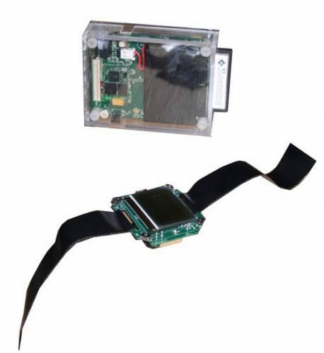 Miniaturní přístroj velikosti krabičky cigaret  představuje úplně novou třídu mobilního počítačového zařízení, spojujícího prvky pro zpracování a ukládání  informací i veškeré komunikační technologie. Osobní server, jak jej nazývají vývojáři Intelu poskytne svému uživateli všudypřítomný a neomezený přístup k osobním informacím a aplikacím přes existující infrastrukturu.