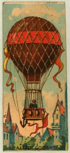 O balonech se zmiňuje už řecký historik a zeměpisec Strabón (64 př. n. l.–19 n. l.) v sedmnáctisvazkovém díle Geógrafika, od lampionů možná došli někdy na přelomu 13. a 14. století k teplovzdušným balonům staří Číňané, zhruba ve stejné době popsal loď Globus plující ve vzduchu anglický filozof a vědec Roger Bacon, studiemi létajícího stroje se zabýval slavný Leonardo da Vinci, létající člun navrhl roku 1670 jezuita a fyzik Francesco Lana v italské Brescii apředběhl tak dobu o celé století. Mezitím i později se otázkami letu trápili další slovutní muži, například i Johann Wolfgang Goethe.