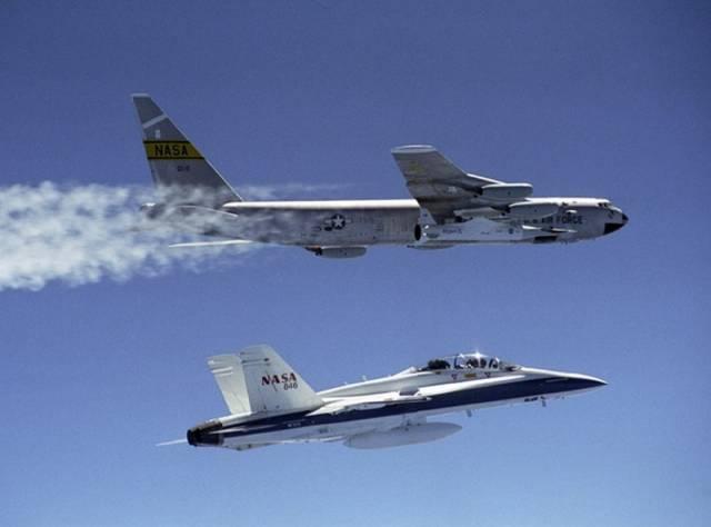 Další zkouška hypersonického bezpilotního letounu s označením X-43A  přinesla vědcům z NASA další neuvěřitelný světový rychlostní rekord. Rychlostí 12 tisíc kilometrů v hodině letoun překonal desetinásobek rychlosti zvuku.