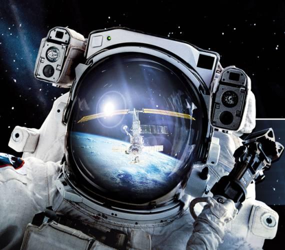 Zažili jste na vlastní kůži fascinující pocit při startu raketoplánu? Vznášeli jste se někdy v beztížném stavu 352 kilometrů nad modrou planetou jménem Země?