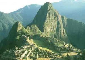 Vědci přehodnocují svůj názor na původní obyvatele Jižní Ameriky. Díky radiokarbonové metodě zjistili, že nejstarší civilizací na kontinentu byla málo známá kultura sídlící ve třech nehostinných údolích severně od peruánské Limy.