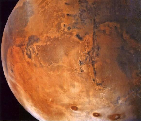 Vědci z NASA potvrdili, že neznámý objekt, který pojízdný robot Opportunity v minulém týdnu nalezl, je skutečně meteorit.