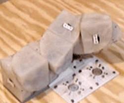 Robot, kterého vytvořili američtí odborníci z Cornell University, dokáže vytvářet své kopie. Reprodukce už není pouze doménou biologie!
