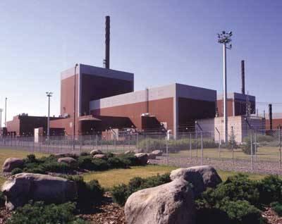 Základní kámen k již páté finské jaderné elektrárně byl položen právě v těchto dnech. Jedná se o vůbec největší investici v historii této skandinávské země.