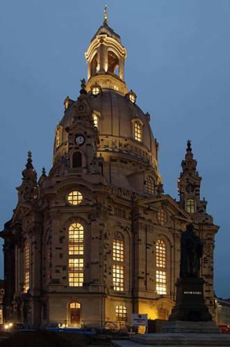 Znovuotevření drážďanské katedrály Frauenkirche nebylo nejen výsledkem skvělé práce architektů, ale bylo i úspěchem technickým. Barokní prostor ožil i nejmodernější elektronikou.