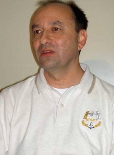 21. STOLETÍ EXKLUZIVNĚ s astronautem Markem L. Polanskym, velitelem amerického raketoplánu, který má za pár týdnů odstartovat.