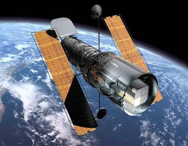 Srdce nejen profesionálních astronomů ale i zájemců o tento obor zaplesala. Ředitel NASA Michael Griffin nedávno oznámil, že kosmická agentura schválila výpravu raketoplánu, která by měla opravit a modernizovat Hubbleův kosmický dalekohled. Životnost dnes už legendárního kosmického dalekohledu by se tak mohla prodloužit až do roku 2013.