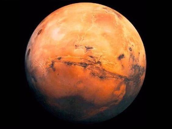 Snímky ze sondy Mars Odyssey odhalují další tajemství rudé planety.