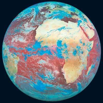 Globální oteplování, ozonová díra, tornádo nebo orkán jsou pojmy, které běžně používáme. Používáme je však správně? 21. století se zeptalo odborníků.