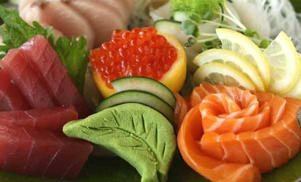 Zdálo by se, že souvislost mezi zdravým jídlem a energetickou krizí je pramalá. A ejhle. Australští vědci z univerzity v Sydney přišli s originálním řešením energetické krize a doporučují: Jezte syrové potraviny.