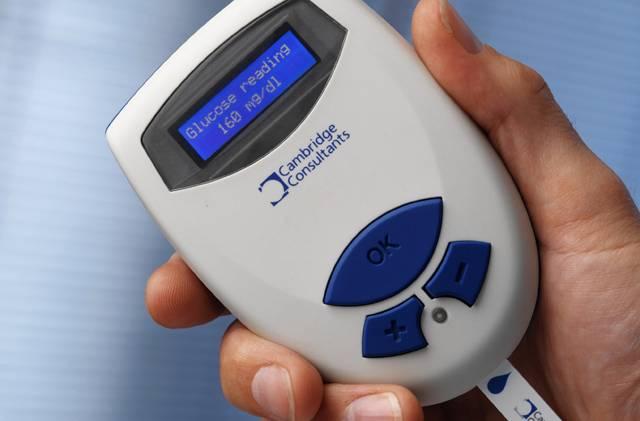 Za hrozivou pandemii 21. století odborníci považují diabetes mellitus – cukrovku. V roce 1995 sužovala 135 milionů lidí, dnes už přes 200 milionů, pro rok 2025 se předpokládá 333 milionů. Díky nejmodernějším technologiím nyní možné oběti – včetně dětí – dostávají nové pomocníky.