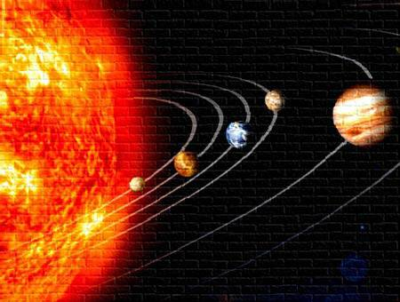 Odpověď na otázku, kdy se vlastně z obrovitého molekulárního mračna začala vytvářet naše sluneční soustava, podává v první řadě studium meteoritů. Nový průzkum meteoritu NWA 2364, který v roce 2004 dopadl v Maroku, posunul odhady stáří naší soustavy o drobný kousek dozadu.
