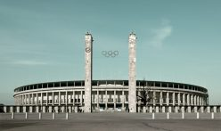 Letní olympiáda ve stínu hákového kříže