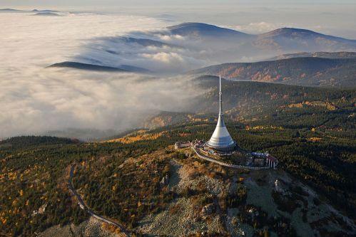 Věž na Ještědu: Kužel proti větru