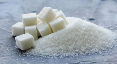 """Je cukr opravdu """"bílý jed""""?"""