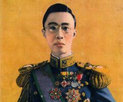 Poslední čínský císař aneb z panovnického paláce až do vězení