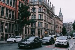 Spása pro silnice? Švédská společnost vyvíjí minibusy jezdící do strany