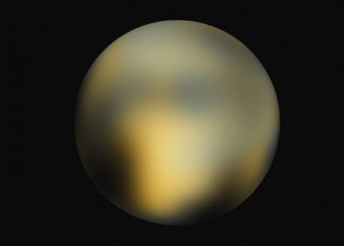 K novým objevům na Plutu poslouží i stará data