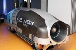 Stíhací závody hyperloopů nabírají obrátek