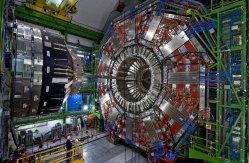 """LHC: Od velkého restartu k """"velkému třesku"""""""