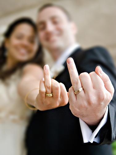 man-woman-ringfingers