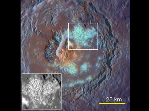 NASA zveřejnila nové snímky Merkuru