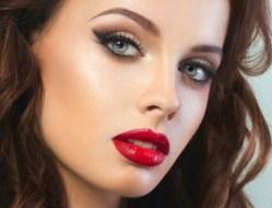 Vědci varují: make-up může být nebezpečný