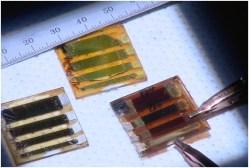 Nové perovskitové články zlevní solární energii
