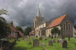Středověcí lidé neotvírali hroby, aby je vykradli