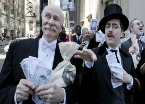 Bankéři podvádějí více než vězni