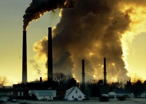 Emisí je nejvíce za 800 tisíc let