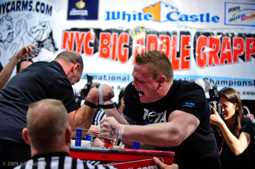 Pictured Above: Mike Selearis vs. Rob Bigwood Photo by Jeff Bachner Photography