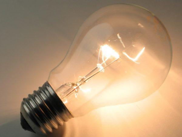 Как правильно поменять лампочку: разбор технических нюансов нетривиальной задачи. Как поменять перегоревшую лампу
