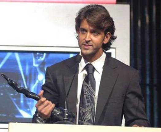 Hrithik Roshan with award
