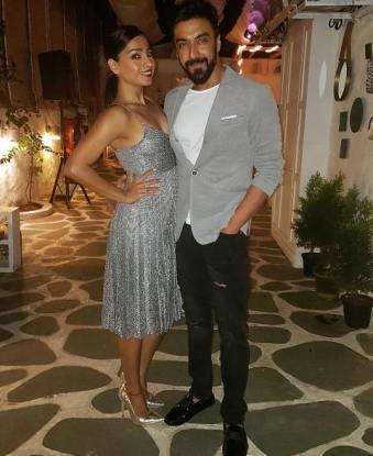 Ashish Chowdhry with his wife
