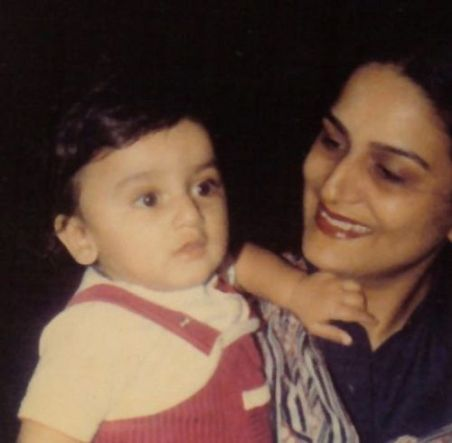 An Old Picture of Anita Dheer With Her Son, Nikitin
