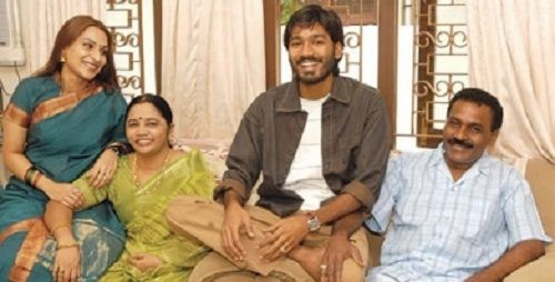 Dhanush with his parents and wife