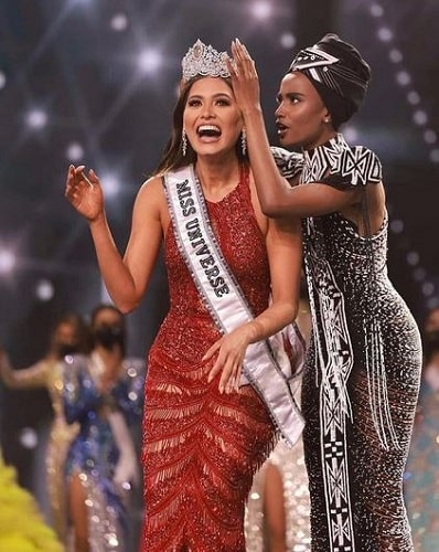 Andrea Meza's being crowned as Miss Universe 2020