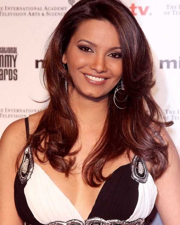 Diana Hayden (Miss World 1997) Gadget Clock, Height, Age, Boyfriend, Husband, Children, Family, Biography & More – Gadget Clock