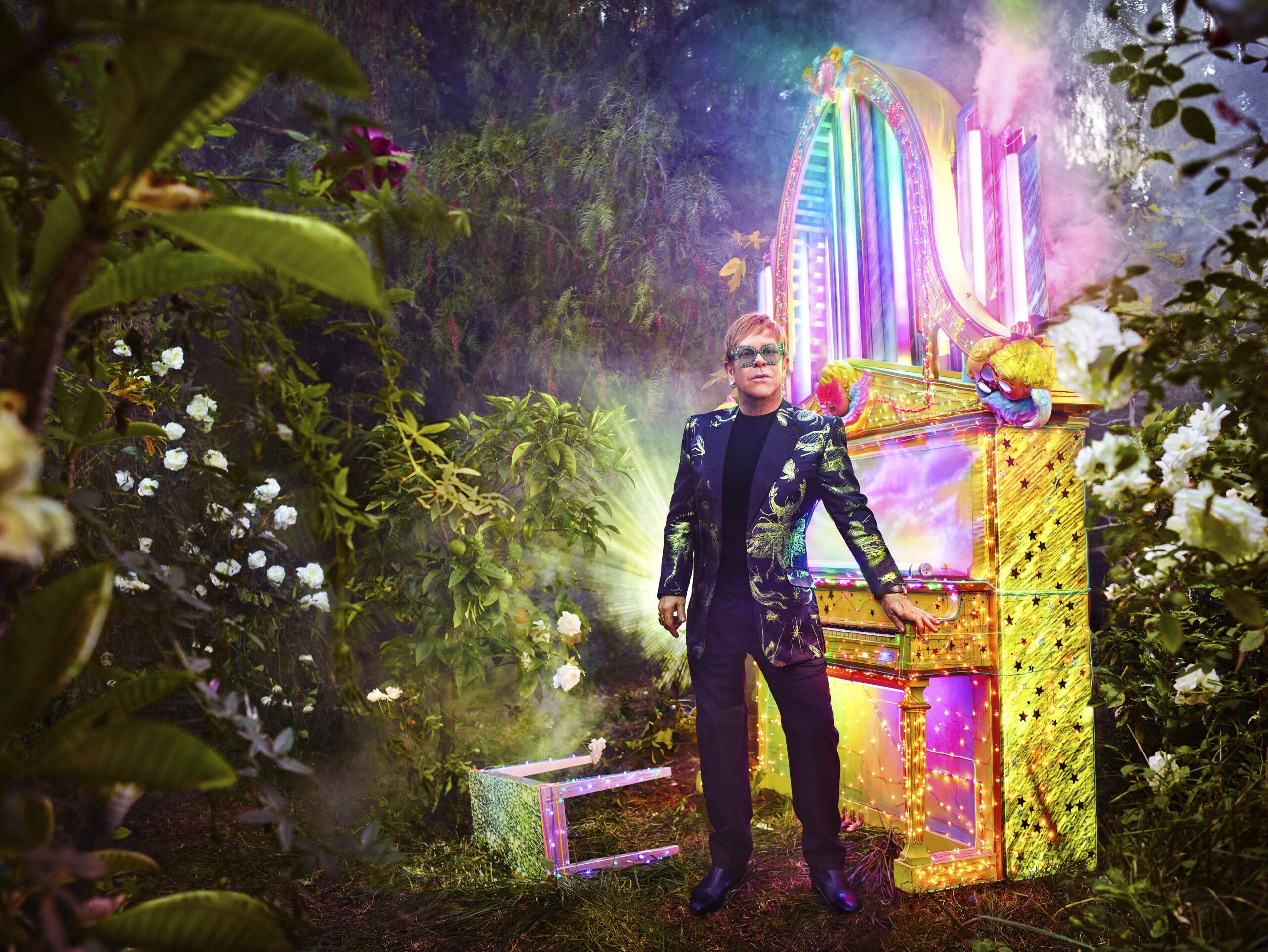 Elton John kommer til Amager – igen!