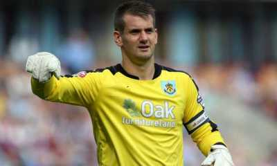 Everton Battling Liverpool And Man City For Top £15 Million Tom Heaton