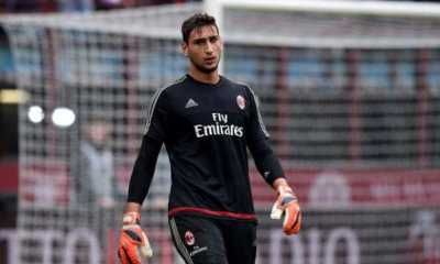 Gianluigi Donnarumma man united transfer news