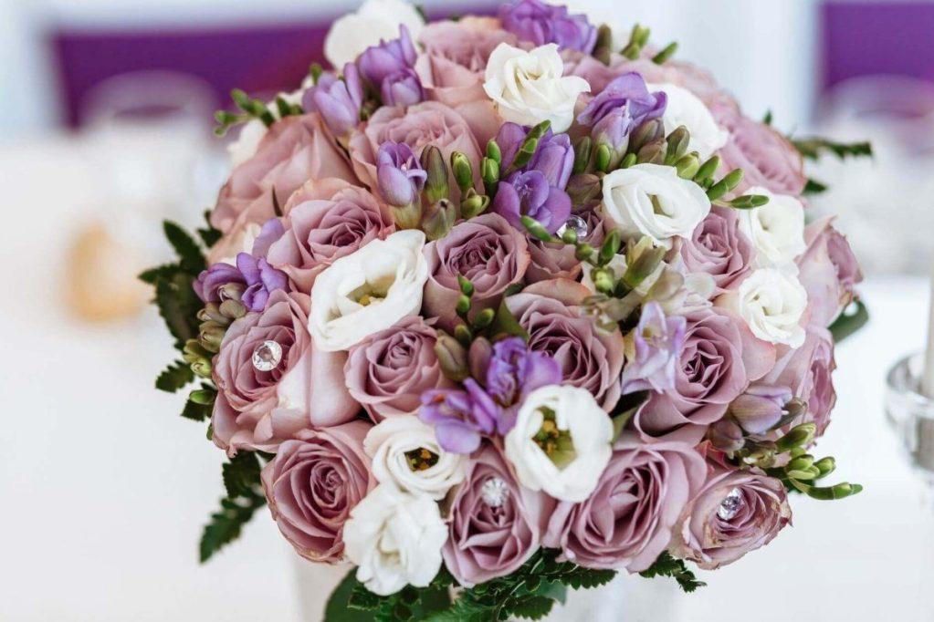 Buchete artificiale sau naturale pentru nunta 1