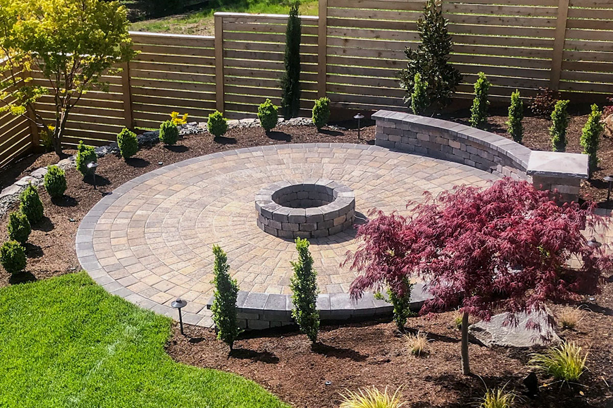 circular paver patio kit with fire pit