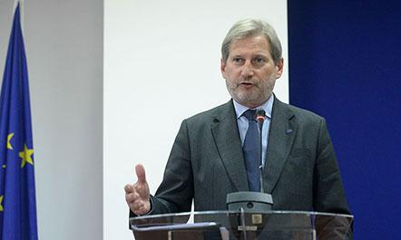 Hahn  në Maqedoni për reformat urgjente