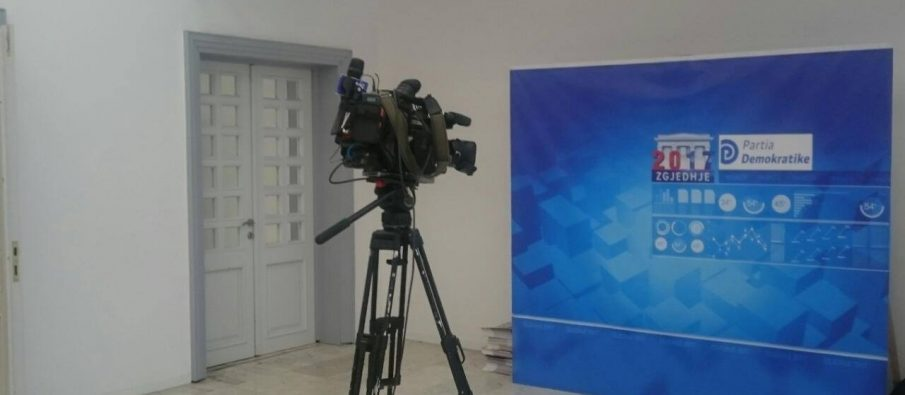 Basha  ngujohet  në selinë blu  kritikët  Rezultat katastrofik i PD