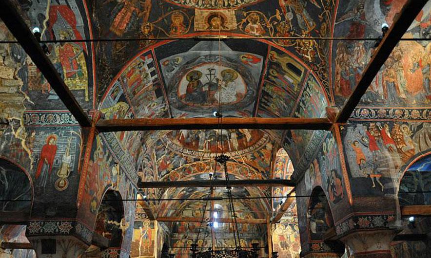 Vizitojini para se të zhduken   Në listën e objekteve në rrezik edhe kishat e Voskopojës